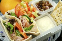 5 Tips to Building a Healthful Lunch