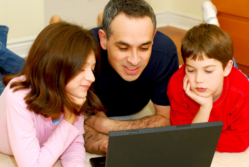 parental involvement in their child education Ii strategies to improve fathers' involvement in education there are strategies to reduce obstacles to fathers' involvement in education to help dads warm up and get involved with their.