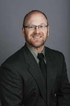 Tom Claeys Headshot
