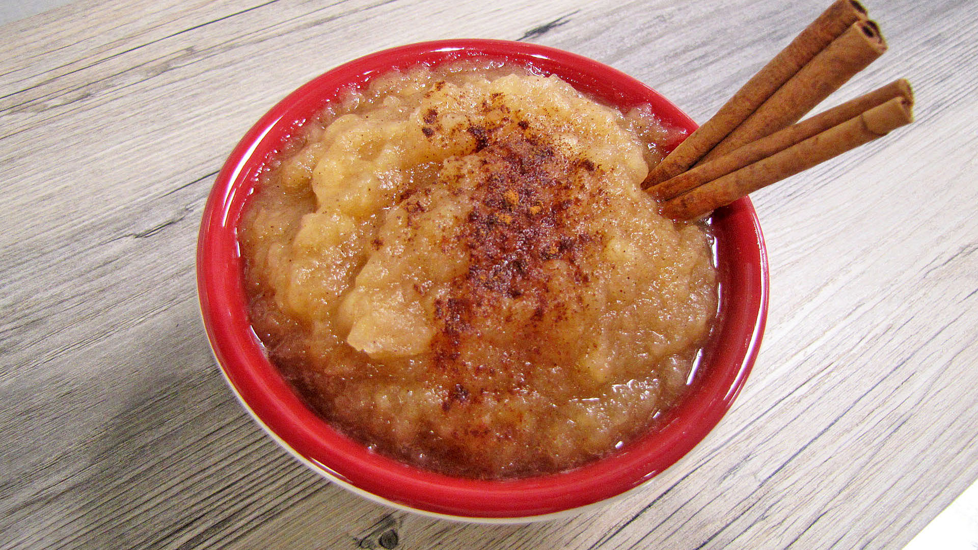 This recipe will help you get some apples on your menu. (NDSU photo)