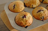 This muffin recipe contains antioxidant-rich blueberries and fiber-rich oatmeal. (NDSU photo)