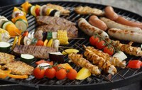 Adding some fruit and vegetables to your grill is a good idea on many levels. (Photo courtesy of Pixabay)