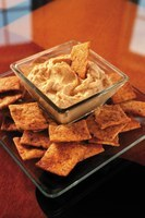 Hummus is an easy, inexpensive snack made with chickpeas. (NDSU photo)