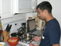 About 40 percent of the people surveyed visit blogs or websites or use apps to learn about food. Flickr photo by Knile
