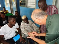 Hans Kandel, NDSU Extension agronomist, explains the importance of seed quality to Sierra Leone farmers.